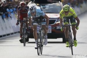 Boonen fulmina Pozzato allo sprint del Fiandre