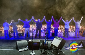La band saluta i 3000 di Pisa