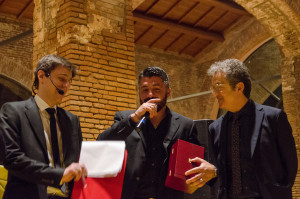 Due risate con Gattuso e il presidente Corrado. Foto Malasoma